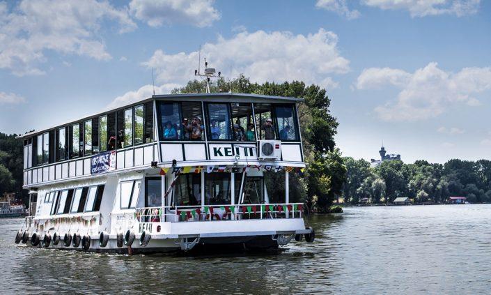 krstarenje dunavom i savom, brodovi, beograd, jahting klub kej, plovidba,vencanje na reci, svadba na brodu