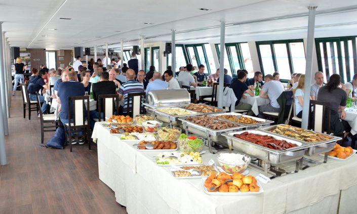 proslave firmi na brodu